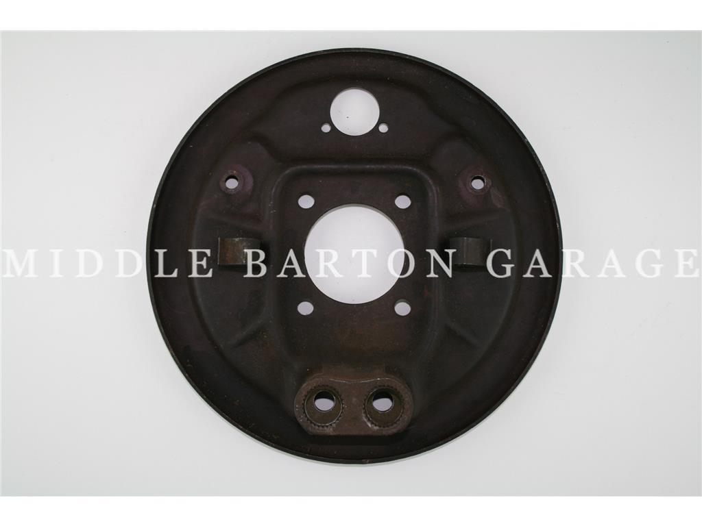 BRAKE BACK PLATE FRONT 600/850T NO SNAIL